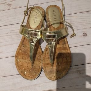 🍀🌸 Beautiful gold sandals by Guess🍀🌸🌸